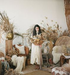 Boho Harvest Inspiration with mud cloth and dried florals #mudcloth #bohobride #rusticwedding #victorianbride #harvestwedding #fallwedding