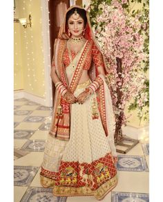 Global Market Leader in Ethnic World , We serve End to End Customizable indian Dreams That Reflect with Amazing Handmade Zardosi Art By Expert Workers , Worldwide Delivery Indian Bridal Outfits, Indian Bridal Lehenga, Indian Bridal Fashion, Indian Bridal Wear, Indian Designer Outfits, Indian Dresses, Bridal Dresses, Wedding Dress, Bridal Mehndi