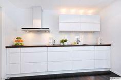 NODSTA IKEA - te strak voor ons huis maar deze keuken straalt rust uit en dat is prachtig!