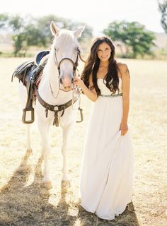 the dress! The horse!