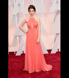 Anna Kendrick attends the 87th Annual Academy Awards at Hollywood & Highland Center on February 22, 2015 in Hollywood