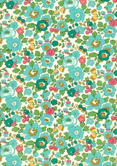 Liberty of London Fat Eighth 'Betsy D', green and aqua traditional Liberty print. via Etsy. Motif Liberty, Liberty Art Fabrics, Liberty Of London Fabric, Liberty Print, Fabric Patterns, Print Patterns, Floral Patterns, The Strawberry Thief, Turquoise Fabric