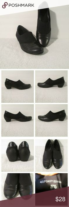 """ECCO Black Shootie Sculptured Slip On Shoes Sz 40 A blend of good looks and functionality, these understated casual women's shoes are constructed from soft textile and superior leathers for a versatile urban look. The sole is highly durable and super lightweight making these shoes perfect for every day wear. In very good condition with only gentle wear. Stated size is 40 EU which converts to 9/9.5 US. Measures 10"""" heel to toe, 2.5"""" heel, 3.5"""" widest sole width. Ecco Shoes Mules & Clogs"""