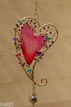 Unique glass wind bell with hand-painted Japanese style patterns. - Made from high quality glass with high transparency. I Love Heart, Happy Heart, Wire Jewelry, Jewelery, Heart Jewelry, Deco Nature, Wire Crafts, Wire Art, Beads And Wire