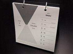 2017年版の個性的な手帳を厳選! 夜型の人のために作られた手帳や、円グラフで1週間を表現した手帳など。毎日書き込むだけで発想が豊かになりそうな手帳が満載!7ページ