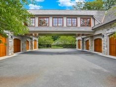 The property 9 Terrace Cir, Armonk, NY 10504 is currently not for sale. Garage Design, House Design, Cool Garages, Luxury Garage, Garage House Plans, Garage Apartments, Dream Garage, Tallit, House Goals