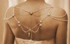 Gorgeous back piece for a backless dress - Vintage, Great Gatsby inspired - by mylittlebride on Etsy Shoulder Jewelry, Shoulder Necklace, Pearl Jewelry, Wedding Jewelry, Pearl Necklace, Bridal Necklace, Rhinestone Necklace, Wedding Accessories, Jewelry Accessories
