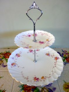 Hand made Vintage plates Dainty Rose Cake Stand & My homemade cake stand using vintage plates | diy - crafts and ...