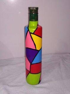 Water Bottle Crafts, Diy Bottle, Bottle Art, Glass Painting Designs, Pottery Painting Designs, Painted Glass Bottles, Decorated Bottles, Garrafa Diy, Halloween Wine Bottles