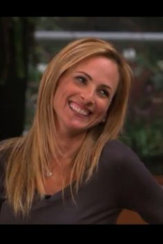 Marlee Matlin---I admire her not just because she's brilliant but because of all the things she does to increase awareness of the needs and amazing gifts of the deaf. Marlee Matlin, The L Word, Deaf Culture, Amazing Gifts, Inspiring People, Pretty People, Girl Crushes, My Girl, All About Time