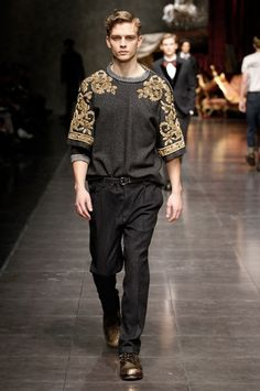 Dolce & Gabbana Autumn/Winter 2012 Men's Footwear (1): Golden Metal Nails Studded Military Cut Boots Featured In The Milan Fashion Show