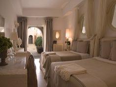 Bedroom-BorgoEgnazia-Italy-CRHotel.jpg