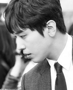 Yonghwa Jung Yong Hwa, Cnblue