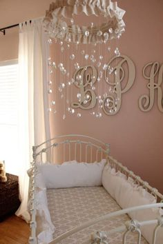 Beautiful baby girl crystal mobile and I love the letters behind the crib as well. My Baby Girl, Our Baby, Baby Girls, Baby Mädchen Mobile, Baby Dekor, Best Baby Shower Gifts, Beautiful Baby Girl, Pretty Baby, Pretty Room