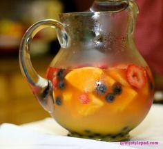 Make some #fruit #sangria this #summer!