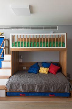 Kids Bed Design, Kids Bedroom Designs, Bunk Bed Designs, Boy And Girl Shared Room, Shared Rooms, Bunk Beds With Stairs, Kids Bunk Beds, Twin Full Bunk Bed, One Room Apartment