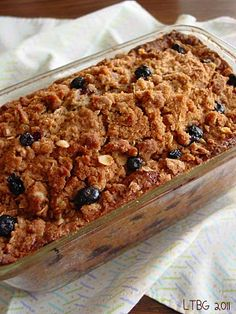 Recipe: Bread, Biscuits and Rolls Recipe / Blueberry Zucchini Crumble Bread - tableFEAST Blueberry Zucchini Bread, Blueberry Crumble, Zuchinni Bread, Zucchini Loaf, Blueberry Cake, Just Desserts, Delicious Desserts, Yummy Food, Biscuits