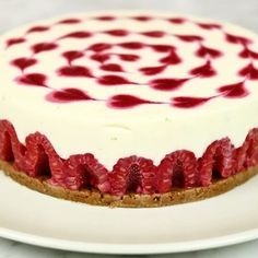 """644 mentions J'aime, 13 commentaires - Sweety (@sweetybyj.zimmer) sur Instagram: """"Le Cheesecake Framboise-Spéculoos 😊 la recette complète sur Facebook ! #cheesecake #framboise…"""""""