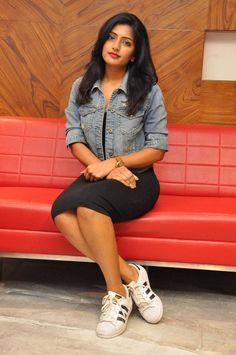 South Indian Actress TOP 50 INDIAN ACTRESSES WITH STUNNING LONG HAIR - GENELIA DSOUZA PHOTO GALLERY  | CDN2.STYLECRAZE.COM  #EDUCRATSWEB 2020-07-16 cdn2.stylecraze.com https://cdn2.stylecraze.com/wp-content/uploads/2014/03/Genelia-Dsouza.jpg.webp