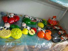 Animal Decor, Cows, Farm Animals, Yoshi, African, Centerpieces, Bottles, Ornaments, Beauty
