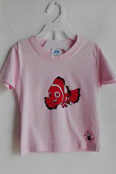 Nemo baby t-shirt hand painted 100% cotton body shirt sleeve fish boy girl custom personalized marine style pesce maglietta bambino camiseta di PassionHandMade14 su Etsy