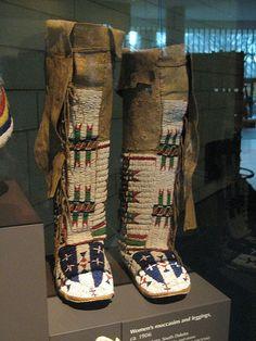 Women's Moccasins and Leggings    c. 1906  Sicangu Lakota, South Dakota  Item number: 19/3706