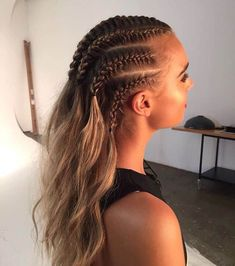Top 60 All the Rage Looks with Long Box Braids - Hairstyles Trends White Girl Braids, Girls Braids, Cornrows Braids White, White Girl Cornrows, Braided Locs, Braids Wig, Under Braids, Box Braids Hairstyles For Black Women, Braid Hairstyles