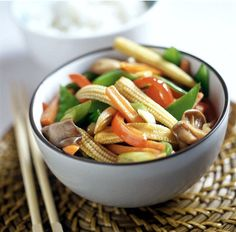 Eating out while traveling: Ethnic Vegetarian Foods - Vegetarian Stir Fry