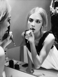 Photography Model Nature Cara Delevingne 15 Ideas For 2019 Beauty Makeup, Hair Makeup, Hair Beauty, Lr Aloe Vera Gel, Pretty People, Beautiful People, Image Fashion, Poppy Delevingne, Human Body