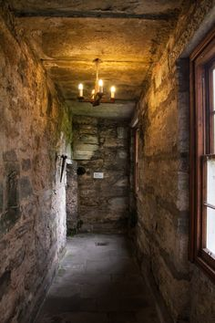 Castle Menzies and the Old Kirk of Weem | Stravaiging around Scotland