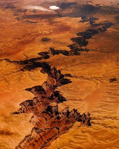 Aerial view of a canyon in Arizona (by Igor Mazic)    Just east of the Grand Canyon