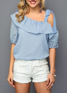 trendy tops for women online on sale Denim Blouse, Blue Blouse, Trendy Tops For Women, Blouses For Women, Casual Outfits, Fashion Outfits, Fashion Hacks, Fashion Tips For Girls, Western Outfits