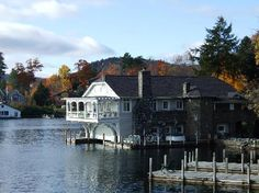 275N oct  Boathouse Bed & Breakfast  Lake George Bolton Lndg -  Rooms- Maddie, Tanner or Reis