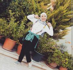 A cute hijab look by Lelyan Al-brayseh.