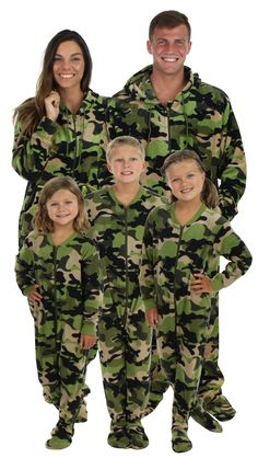 Christmas Footie Pajamas for the Family  Get Them Before Christmas! 34b1c4d26