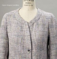 Vogue Sewing Pattern V8893 review - SEWING CHANEL Sewing Hacks, Sewing Tips, Sewing Projects, Chanel Jacket, Chanel Couture, Vogue Sewing Patterns, Orange Is The New Black, Vintage Chanel, Vest Jacket