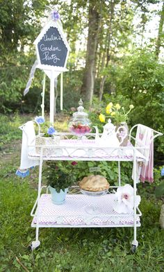 Tea cart for food display.if someone i knew had this ! Tea Trolley, Tea Cart, Kid Furniture, Repurposed Furniture, Outdoor Furniture, Flower Cart, Fru Fru, Whimsical Decorating, Decorating Ideas