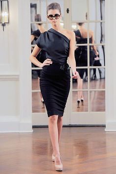 Victoria Beckham...make this top..or attempt to!
