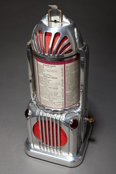 Vintage Art Deco Juke Box.