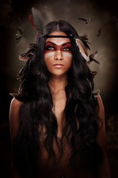 Native American Woman in War Paint Tribal Makeup, Indian Costumes, Native American Beauty, Maquillage Halloween, Halloween Disfraces, Native Indian, Native Art, Fantasy Makeup, Costume Makeup