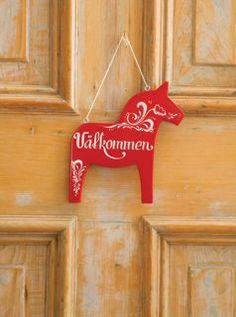 Swedish welcome sign Valkommen by CaptureMyArtShop on Etsy - Swedish Decor Swedish Cottage, Swedish Decor, Swedish Style, Swedish Design, Swedish Christmas, Scandinavian Christmas, Wooden Welcome Signs, Happy Canada Day, Scandinavian Folk Art