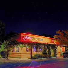 Jake's Tex-Mex Cafe on Oak Street in Bakersfield, California. No waiting at this hour!