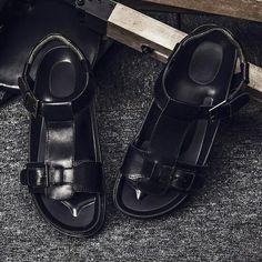 2017 Men Buckle Sandals Shoes Slippers Summer Flip Flops Beach Men Shoes Leather Sandalias Zapatos Hombre Dark Black
