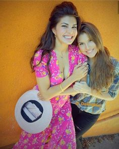 Jacqueline fernandez & Amanda cerny new picture Cuteness overload latest picture together. Bollywood Actress Hot Photos, Beautiful Bollywood Actress, Most Beautiful Indian Actress, Bollywood Fashion, Bollywood Stars, Hottest Female Celebrities, Indian Celebrities, Bollywood Celebrities, Celebs