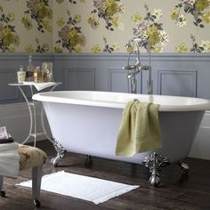 someday...i will have a pretty claw-foot tub to sink into.