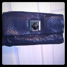 Kenneth Cole clutch Kenneth Cole navy blue clutch Kenneth Cole Reaction Bags Clutches & Wristlets