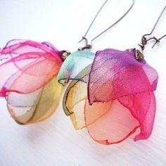 Flowers Fabric Earrings 39 New Ideas Fabric Earrings, Beaded Earrings, Earrings Handmade, Handmade Jewelry, Flower Earrings, Earrings Photo, Jewelry Crafts, Jewelry Art, Jewelry Accessories
