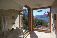 Un spa Nuxe à Bodrum http://www.vogue.fr/beaute/l-adresse-de-la-semaine/diaporama/spa-nuxe-hotel-macakizi-bodrum/19754/image/1039145#!5