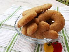 Greek Desserts, Greek Recipes, Vegan Recipes, Doughnut, Sausage, Biscuits, Food And Drink, Sweets, Cookies