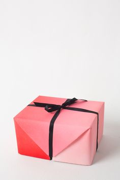 Personalize your presents with this DIY ombre gift wrapping paper from The House That Lars Built.